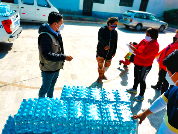 donacion-agua-mineral
